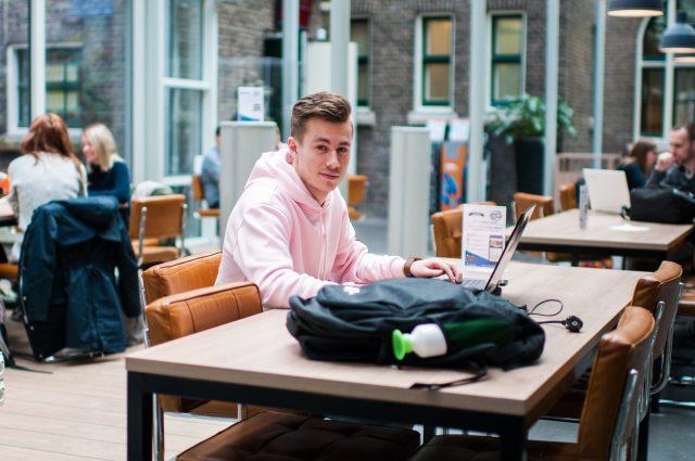 Hogeschool rotterdam ipo kosten
