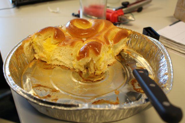 Hoe (on)gezond lunchen onze studenten? Brioche. Foto: Zoë Cozijnsen