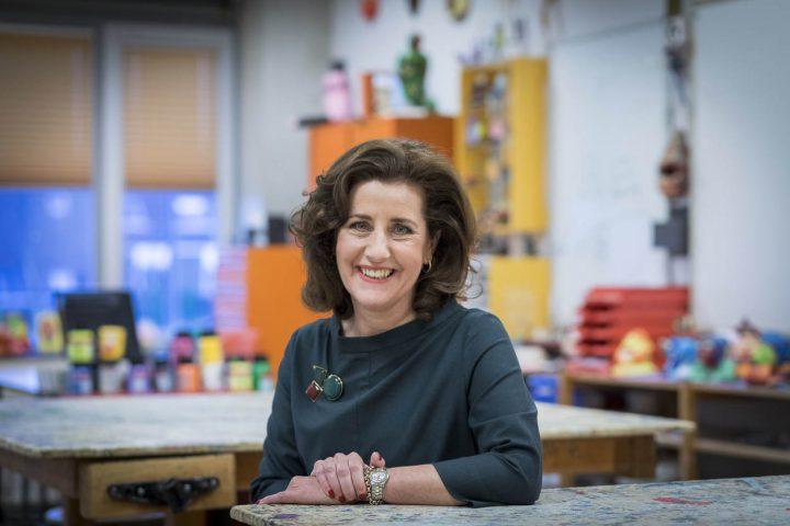 Portret van onderwijsminister Ingrid van Engelshoven